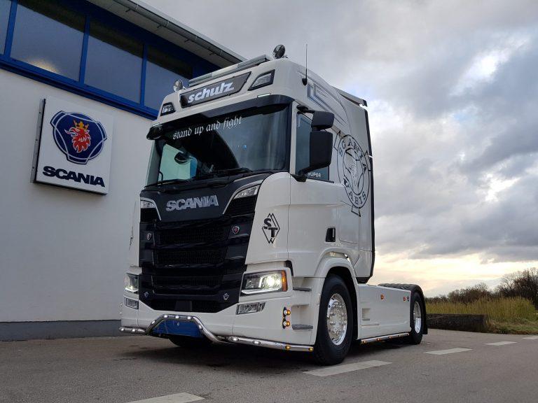 Transport und Logistik – Scania R-Reihe