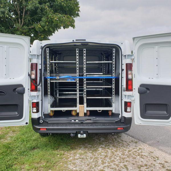 Blumentransport – Fiat Talento Kastenwagen L1H1 JF Schiene